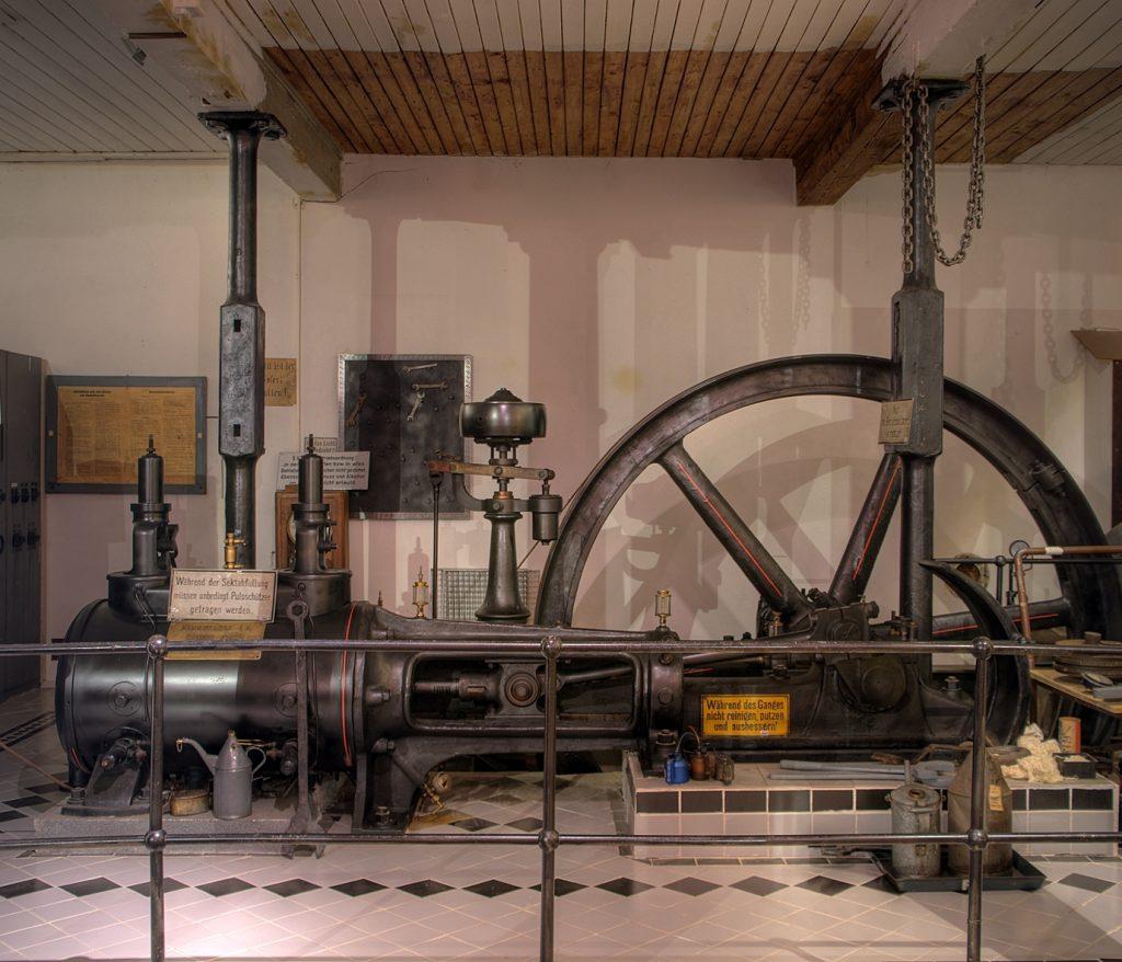 Blick auf die Dampfmaschine, Baujahr 1911