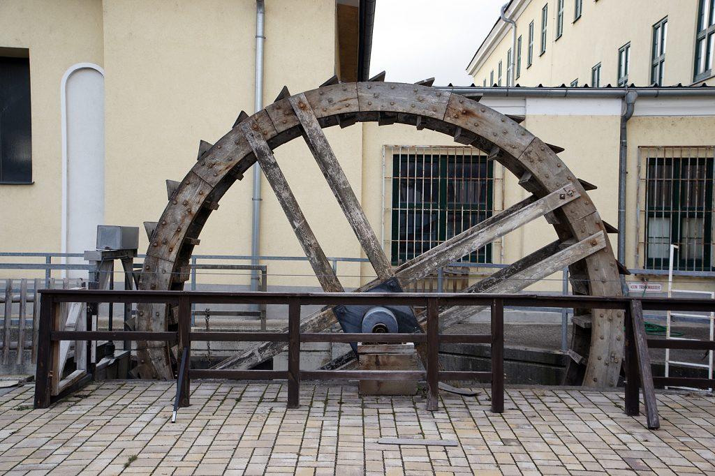 Rekonstruktion eines Wasserrades am Mühlbach